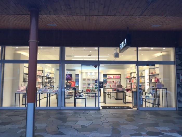 【FURLA】軽井沢プリンスショッピングプラザ店のサムネイル