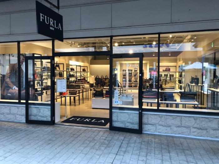 【FURLA Men's】神戸三田プレミアムアウトレット店のサムネイル