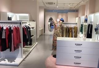 【RED VALENTINO】三井アウトレットパーク木更津店のサムネイル